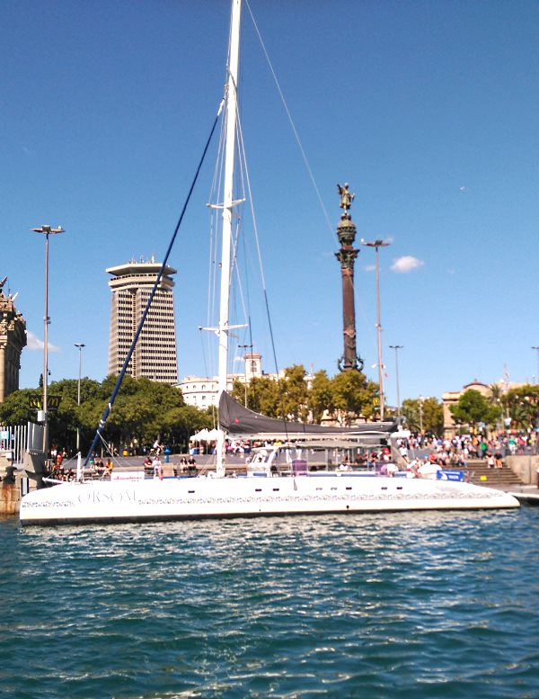 Buy tickets for catamaran tour in Barcelona